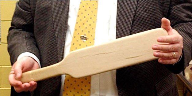 used-paddle-holding-2