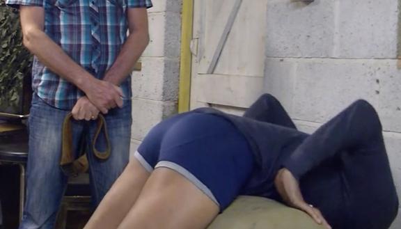 Girls multiple anal insertion