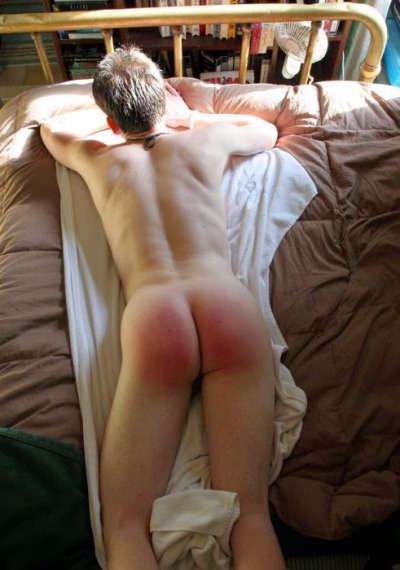 z used after on bed naked (1)